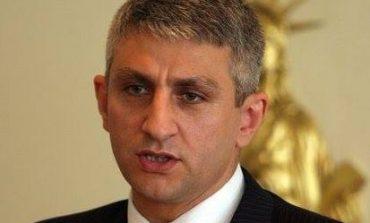 UK LUSHI: Një zonjë për Mitrovicën!