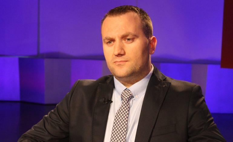 FLAMUR VEZAJ: Për kandidatin e përfolur për Prokuror të Përgjithshëm!