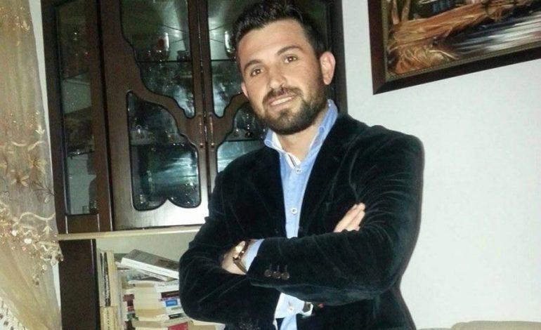 ILIRJAN BLLOSHMI: Historia e Sokol Olldashit dhe Lulzim Bashës me polic Gëzimin