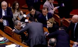 GJOVALIN KOLA/ A mund ta pengojë opozita çeljen e negociatave?