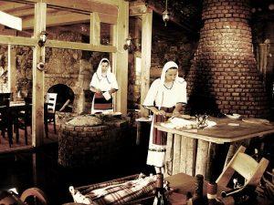 AURENC BEBJA/ Zakonet, traditat, mikëpritja dhe respekti ndaj gruas