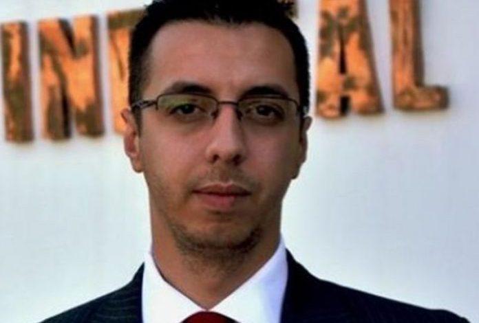 ARDIT RADA/ Drejtësia e frikësuar dhe Policia e tallur nga politika