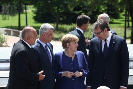 ENVER ROBELLI/ Berlini dhe Londra nuk mund ta ndalin ndarjen e Kosovës me apele