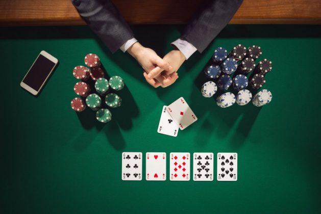 ENVER ROBELLI/ Pokeri i mbetur në gjysmë