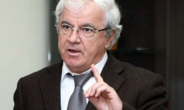 """SPARTAK NGJELA/ """"Banditi grek është pjesë e marrëzisë së vjetër antishqiptare"""""""