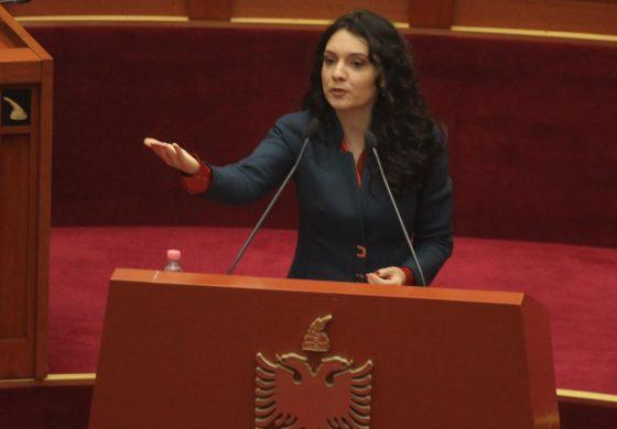 ELISA SPIROPALI/ Pse bashkimi shqiptarëve do na shpëtojë nga kompleksi i kombit të vogël