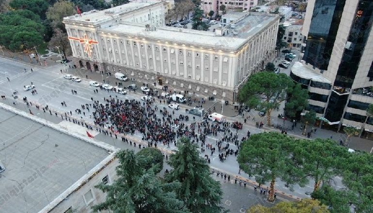 ARTAN FUGA/ Trishtim në prag dimri! Pas dy javësh protestë durimi ka sosur