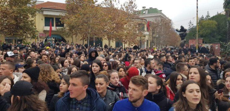 SHPËTIM NAZARKO/ Presidenti, opozita, studentët dhe Rama.Ku po vemë?