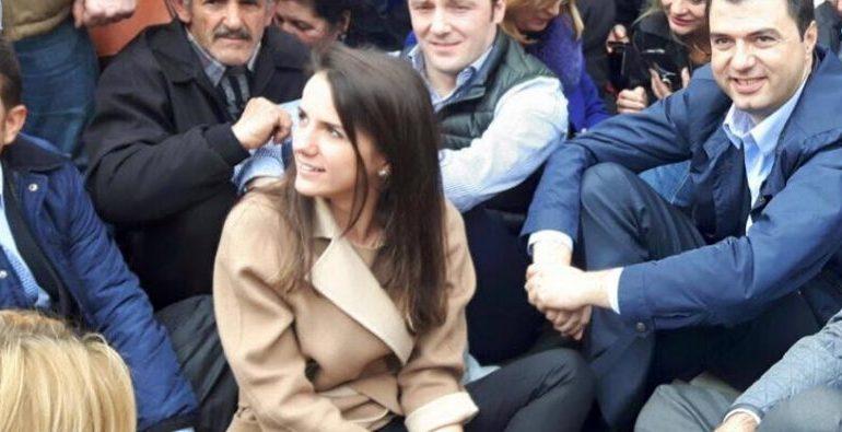 ASTRIT PATOZI/ Demokratët duhet të zgjedhin sot mes Rudina Azem Hajdarit dhe Lulzim…Bashës