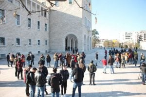 ADRI NURELLARI/ Shkëlqimi dhe rënia e protestave studentore