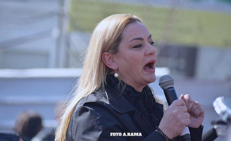 ALTIN KETRO/ Albana, mos u mbyt në një pikë ujë!