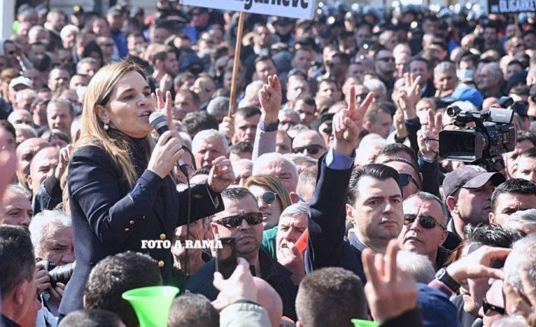 ÇAPAJEV GJOKUTAJ/ Hamendje në stinën e protestave