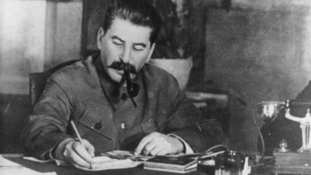 ANALIZA/ Pse rusët po e duan kaq shumë Stalinin?