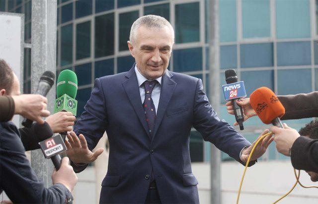SKËNDER MINXHOZI/ Sinqeriteti politik i Ilir Metës nuk e zgjidh dot krizën