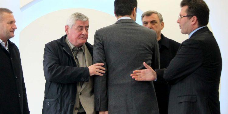 ARDIT RADA/ Reforma zgjedhore, peng i komplekseve të Lulzim Bashës