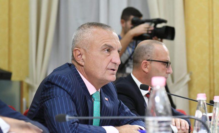 """Pse Alfred Peza ia prishi humorin Ilir Metës pas dëshmisë në Komisionin Hetimor? Dhe një humor """"Presidencial"""" lacash…"""