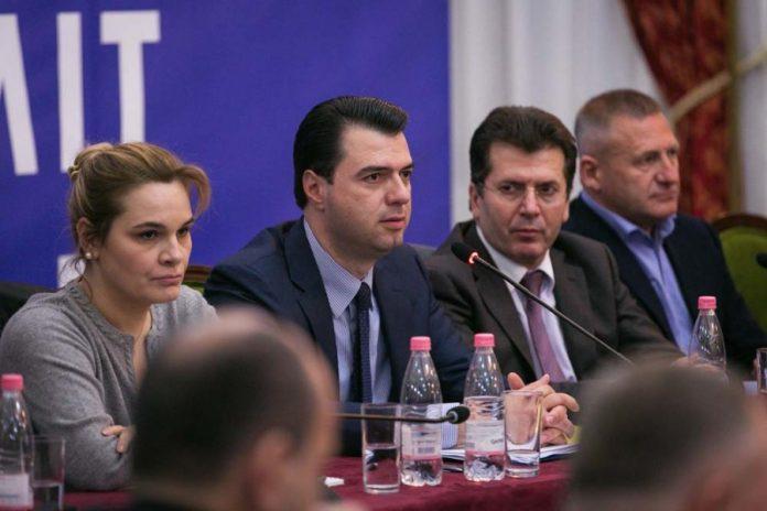 ILIR YZEIRI/ Trakte dhe protesta- deviza e re e opozitës