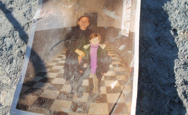 ENTELA RESULI/ Kujtime mbi rrënoja