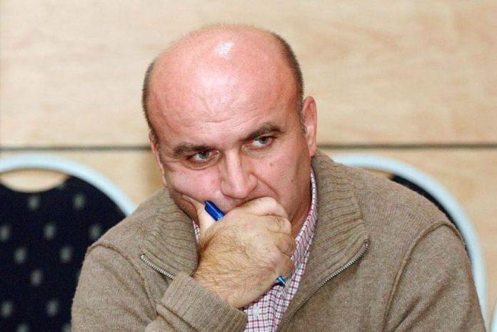 MERO BAZE/ Fatmir Mediu është mbrojtur për të shpëtuar Shkëlzen Berishën