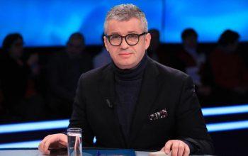 """ALFRED PEZA/ """"Këshilla një gazetari"""" për Alketa Vejsiun"""