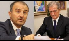 """MERO BAZE/ Ambasadori Soreca, si """"'rrufepritës"""" i zemërimit opozitar me negociatat"""