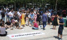 """MENTOR KIKIA/ Çfarë teatri mbron tani """"Aleanca për Mbrojtjen e Teatrit""""?"""