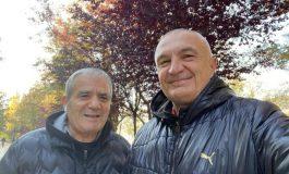 ARSEN HOXHA/ Z. President! Me Kaçin me kujtove sigurimsin e Hotel Tiranës