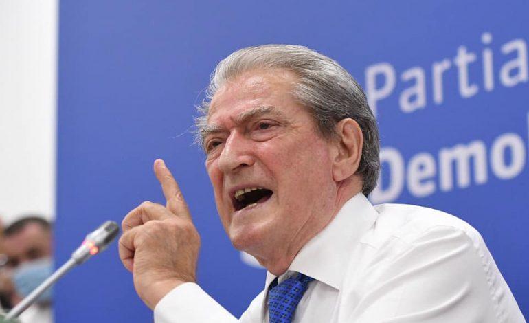 """YLLI PATA/ """"Foltorja"""" një lëvizje bashkimi? PD, që tani është e ndarë!"""